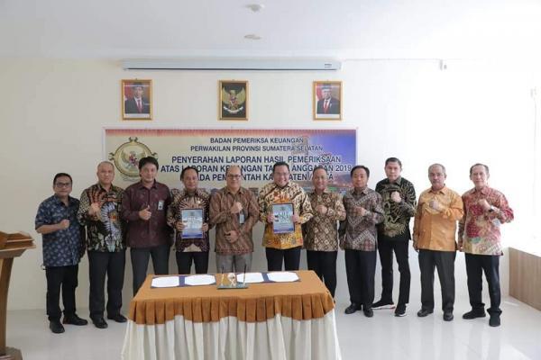 Penyerahan LHP Atas Laporan Keuangan TA 2019  pada Pemkab Muba oleh BPK RI Perwakilan Prov. Sumsel